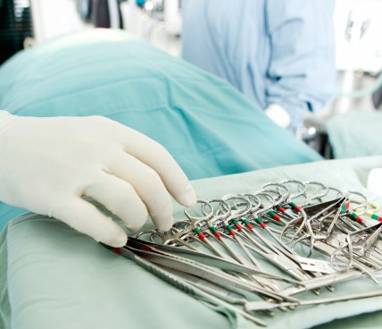 Saúde: Falta de investimentos e interferência das operadoras