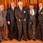 Farmacêutico gaúcho recebe medalha Ordem do Mérito Internacional