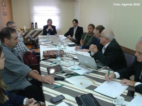 Reunião na FEHOSUL tratou da sistematização do documento oficial