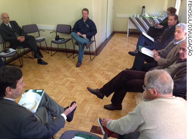 Nova reunião do Sindilac encaminha diretrizes para relacionamento com operadoras