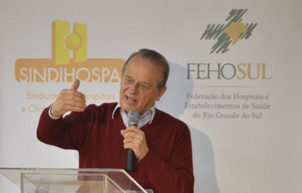 Tarso Genro encerra a série de Encontros da Saúde