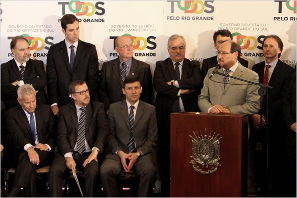 Estado anuncia acordo para quitar débito de R$ 300 milhões a hospitais