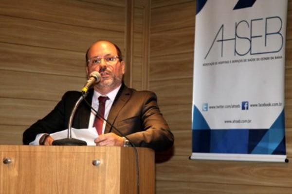Associação de Hospitais da Bahia tem novo presidente