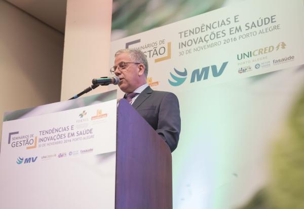projetos-da-fehosul-e-sindihospa-para-2017-sao-apresentados-em-seminario