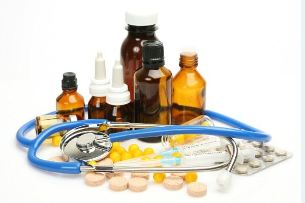 O avanço da sífilis do nascimento à falta de medicamentos