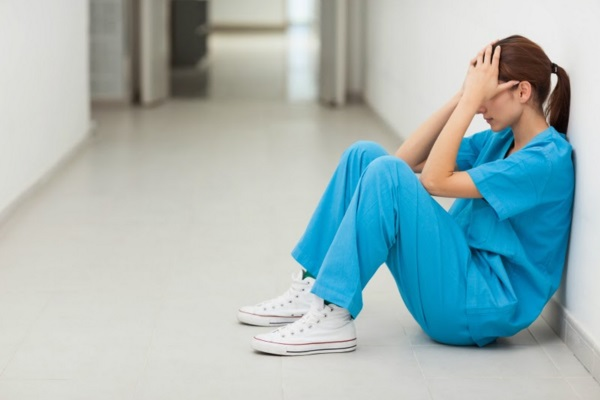 Hospital não deve indenizar técnica de enfermagem ofendida por paciente