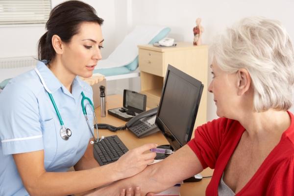 Santa Catarina abre 514 vagas para técnicos de enfermagem e 65 para enfermeiros