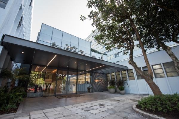 Hospital São Lucas inaugura novo espaço do Laboratório de Patologia Clínica