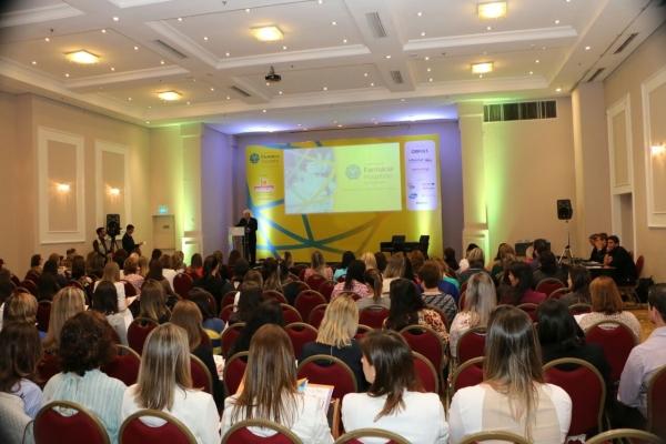 Jornada de Farmácia Hospitalar aborda papel do farmacêutico no setor da saúde