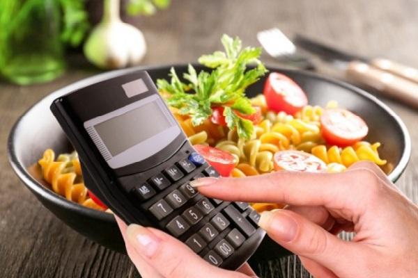 Estudo aponta que diminuir em 15% o consumo de calorias pode retardar o envelhecimento