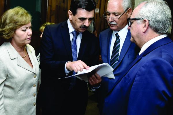 Reestruturação do IPE-Saúde é aprovada