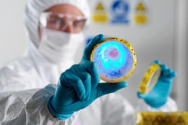 Ministério da Saúde realiza parcerias para financiamento de pesquisas contra resistência aos antimicrobianos