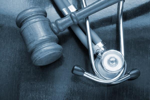 Plano de saúde é condenado por não informar descredenciamento de hospital