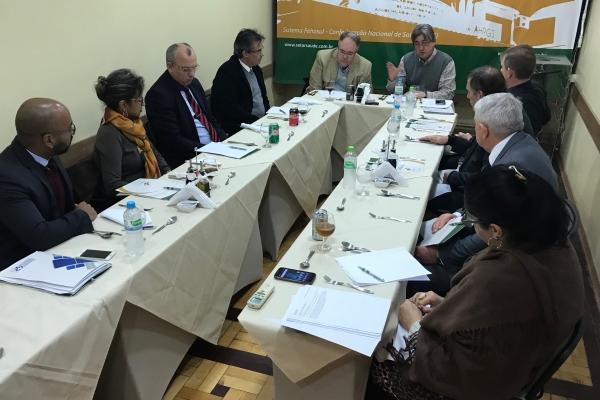 FEHOSUL recebe dirigentes hospitalares filantrópicos para avaliar atrasos de pagamentos