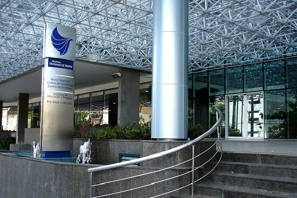 Hospital Moinhos de Vento oferece cerca de 50 vagas para diversas áreas