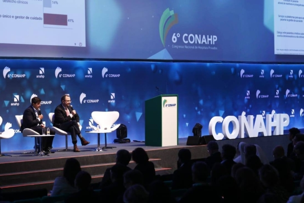 Eficiência e redução de desperdícios no sistema de saúde foram temas do Conahp 2018