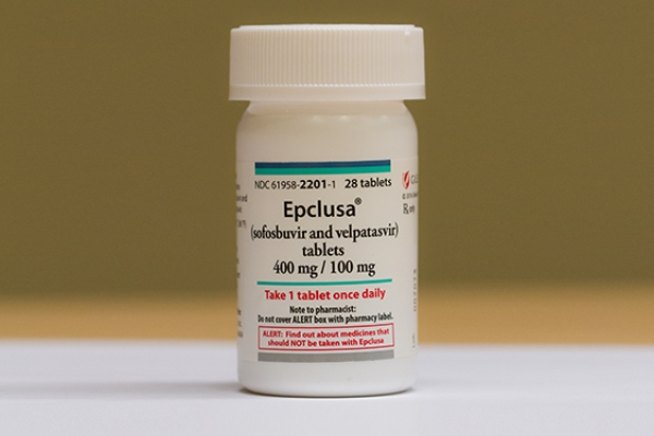 Novo medicamento para hepatite C poderá gerar uma economia de até 175 milhões de reais no primeiro ano