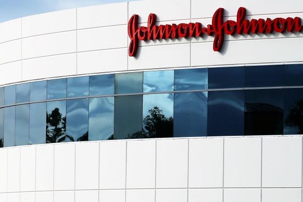 EUA Johnson & Johnson anunciará preço dos medicamentos em seus comerciais de TV