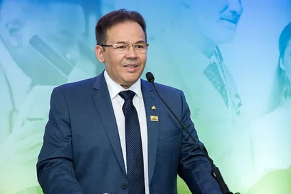 CNSaúde empossa sua nova diretoria para o triênio 2019-2021