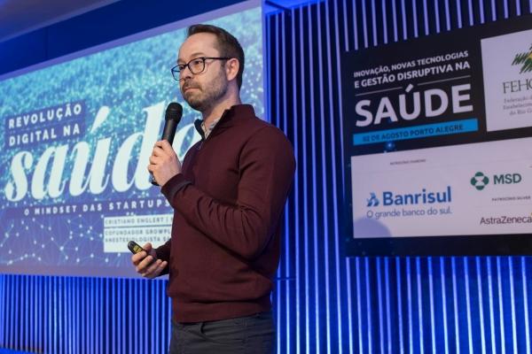 A tecnologia está agregando valor para todos os players da saúde destacou Cristiano Englert no Seminários de Gestão da FEHOSUL