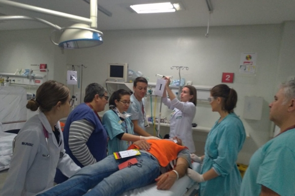 Em parceria com a Fraport, Hospital Cristo Redentor participa de simulado de acidente com múltiplas vítimas
