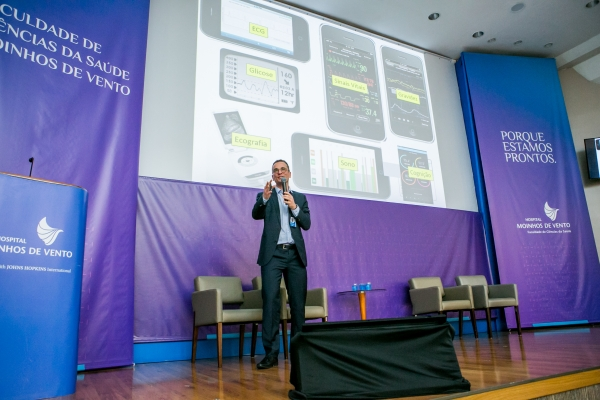 Encontro do Hospital Moinhos de Vento apresenta resultados da tecnologia aplicada à saúde