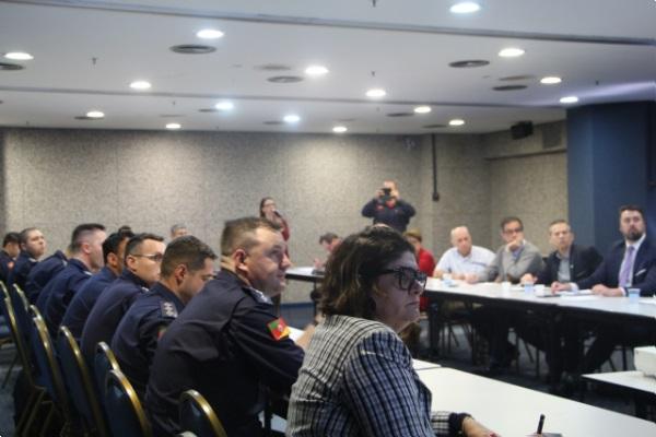 FEHOSUL participa de reunião do Conselho Estadual Contra Incêndio