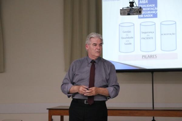 MBA Acreditação em Saúde e Gestão da Qualidade tem aula inaugural em Passo Fundo