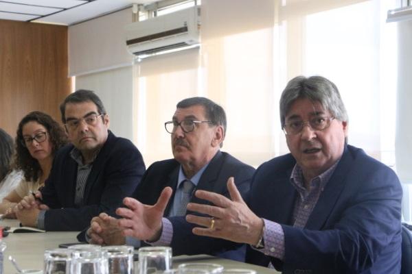 Buscando solucionar os atrasos de pagamentos, FEHOSULe IPE-Saúde se reúnem com a Secretaria do Planejamento