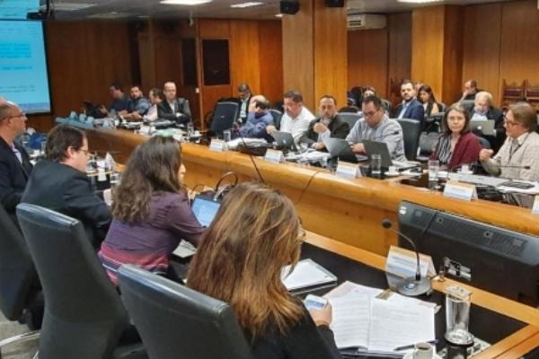 CNSaúde representa setor empresarial nas discussões com o Governo Federal em relação a segurança e saúde no trabalho