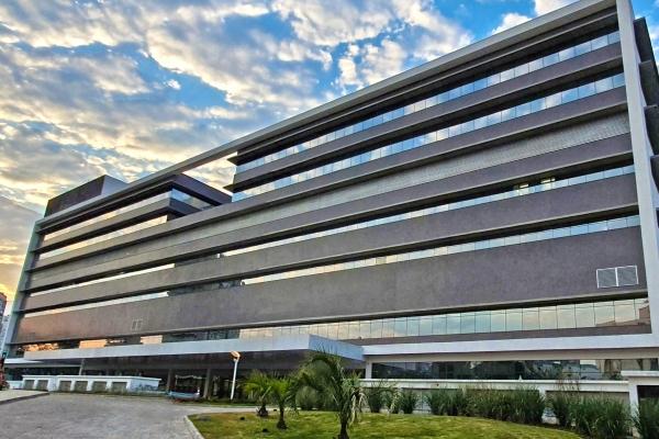 Hospital de Clínicas de Porto Alegre abre concurso público com salários de até 8,5 mil
