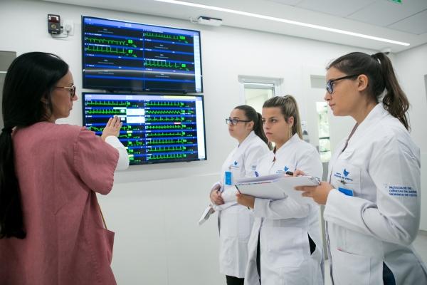 ProjetoMoinhosInside leva candidatos ao curso deEnfermagempara viver experiência dentro dohospital