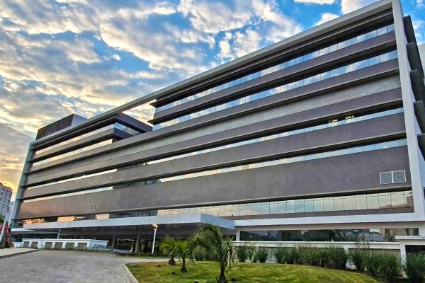 Lean nas Emergências Hospital de Clínicas de Porto Alegre reduz em 60% o tempo de espera na Emergência