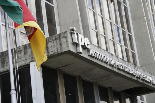 FEHOSUL e Santas Casas acertam com governo aporte de R$ 95 milhões junto ao IPE-Saúde_