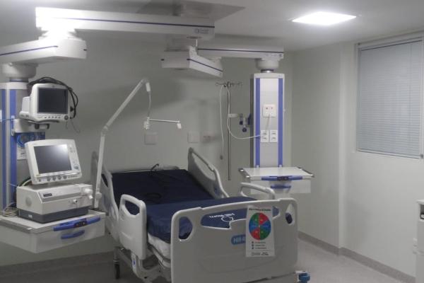 Hospital Tacchini antecipa entrega de leitos para combater a Covid-19