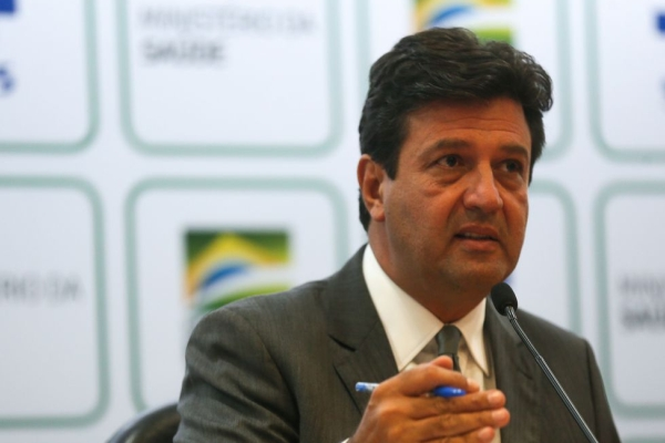 Ministério autoriza uso de cloroquina para casos graves em hospitais