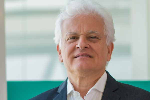 Compartilhar casos clínicos e experiências para vencer a COVID-19 Luiz Antonio Nasi, Superintendente Médico do Hospital Moinhos de Vento