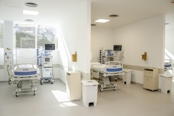 Hospital de Clínicas de Porto Alegre entrega novos leitos de CTI