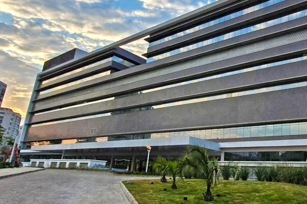 Hospital de Clínicas de Porto Alegre disponibiliza mais leitos de CTI para tratamento de pacientes Covis-19