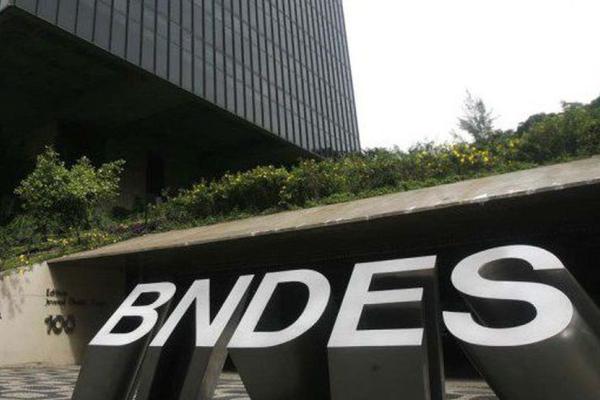 BNDES lança linha de crédito de R$ 2 bi para hospitais e laboratórios