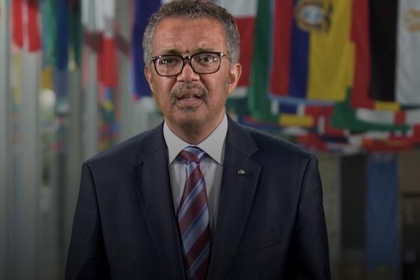 Diretor da OMS destaca papel da indústria de saúde na recuperação mundial