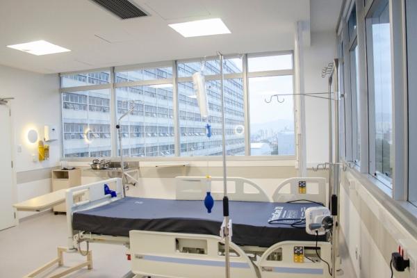Hospital de Clínicas de Porto Alegre entrega novos leitos dedicados à covid-19
