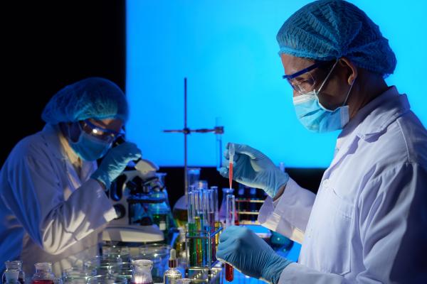 USP desenvolve vacina em spray nasal para ser testada contra a Covid-19