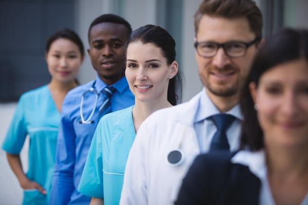 Empregos no setor da saúde crescem durante a pandemia