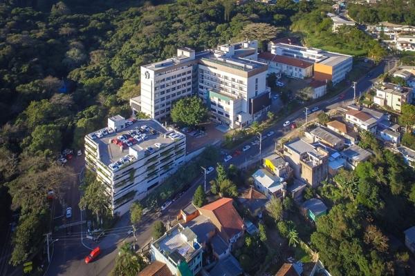 Cardiologia do Hospital Divina Providência promove reunião científica com a presidente do Hospital de Clínicas