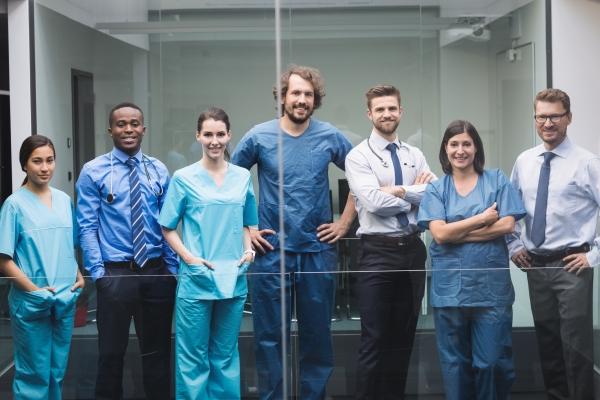 Saúde tem saldo positivo de 102.211 na geração de empregos entre janeiro e novembro