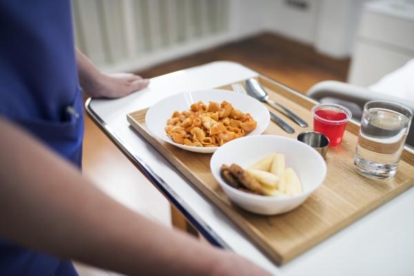 Faculdade Moinhos promove palestra sobre nutrição e gastronomia hospitalar