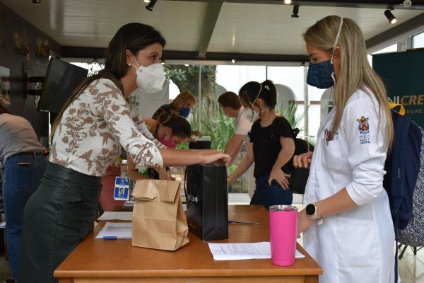 Novos residentes reforçam a força de trabalho da Santa Casade Porto Alegre