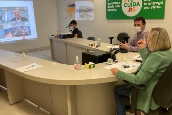 Manual orienta municípios na organização de protocolos no combate à pandemia