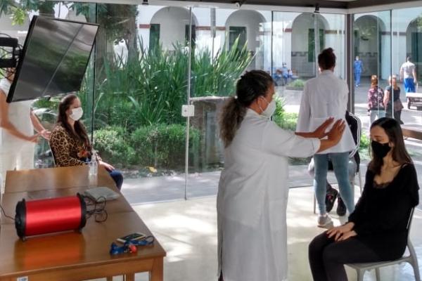 Santa Casa de Porto Alegre passa a oferecer sessões de reiki para os seus colaboradores